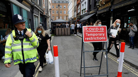 WATCH: Met police break up London wedding bash with over 100 guests, venue faces £10,000 fine